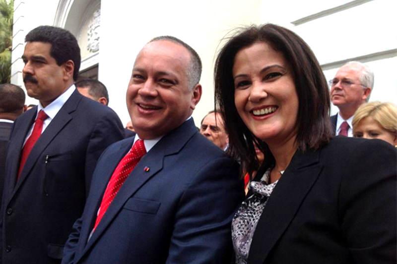Esposa-Marleny-Contreras-de-Cabello