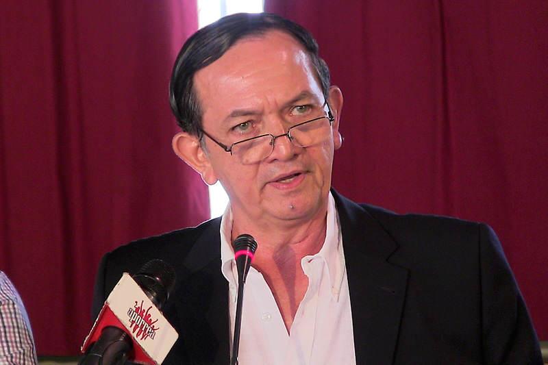 Gustavo-Marquez-Ex-Ministro-de-Comercio-Chavista-800x533
