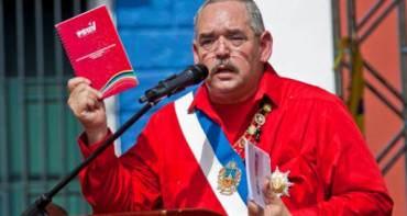 ¿OTRO LADRÓN? Nicolas Maduro encubre al gobernador de Bolivar