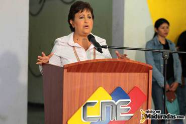 ¡DESCARADA NIVEL…! Lucena: Decreto del día de la lealtad a Chávez no será incumplimiento a la ley