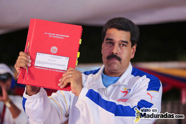 Maduro aprueba su primera ley