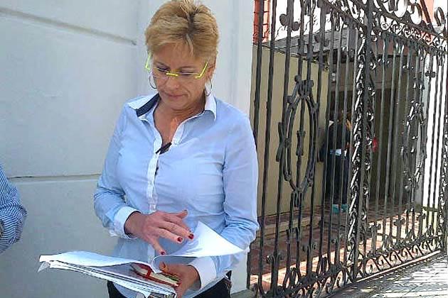 Adriana Delia prohiben entrada