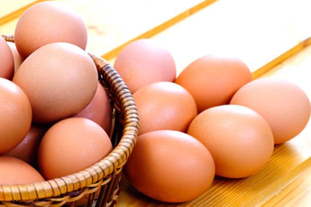Huevos y pollo suben de precio