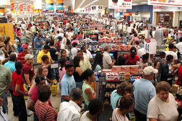 ¡MAS CONTROLES INEFICIENTES! Nuevas medidas del Gobierno no controlarán inflación, aseguran analistas