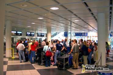 OBLIGADO: Turistas que viajen a Venezuela tendrán que comprar póliza contra robos