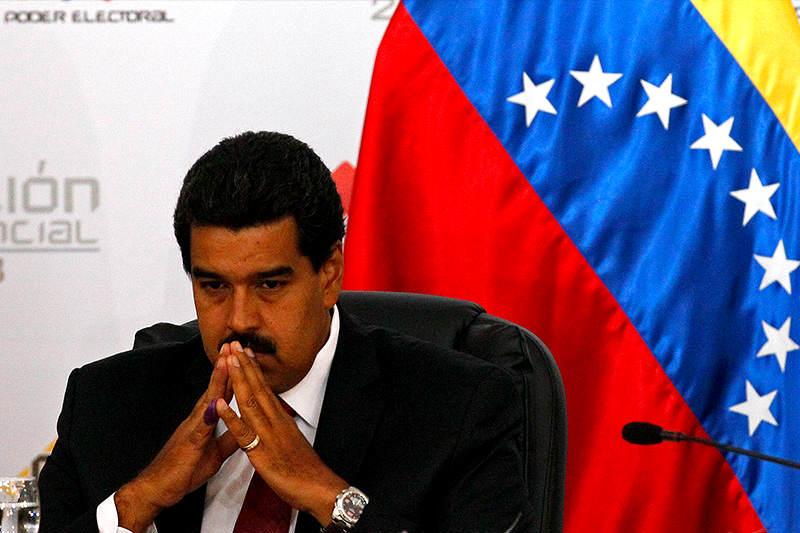 ¿LO QUERÍAN TRAICIONAR? Se revela por qué Maduro salió del avión presidencial