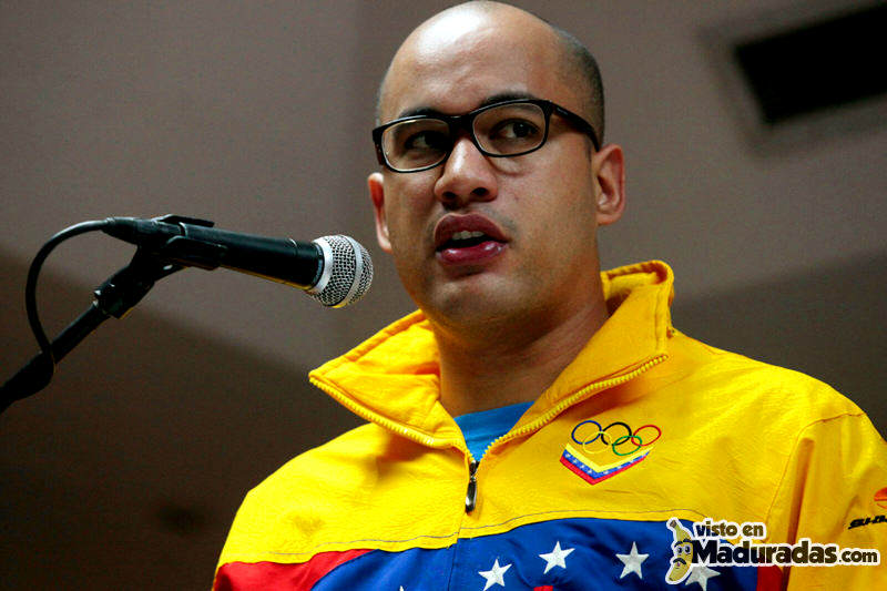 Hector-Rodriguez-Ministro-de-Educacion-Venezuela-800x533