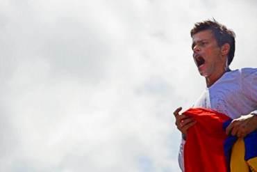 FOTOS Y VIDEOS: Las imágenes que no viste en la entrega de Leopoldo López a la GNB