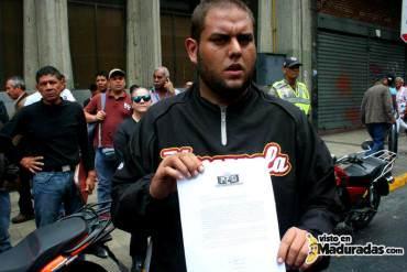 ¡SIGUEN FIRMES! Estudiantes no se retirarán del MIJ hasta que Miguel Rodríguez Torres de la cara