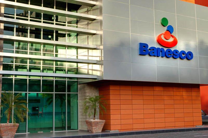 Agencia-Banesco-Banco-Universal-2-800x533
