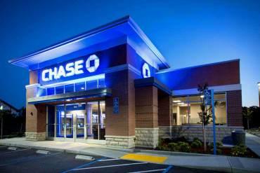CNN: Banco Chase congelará cuentas a funcionarios y ex funcionarios venezolanos