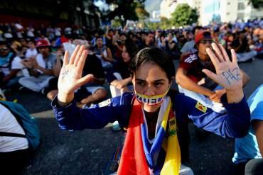 ¿Y NO ES DICTADURA? Diputado Oficialista: Metimos presos a tuiteros por burlarse de Serra