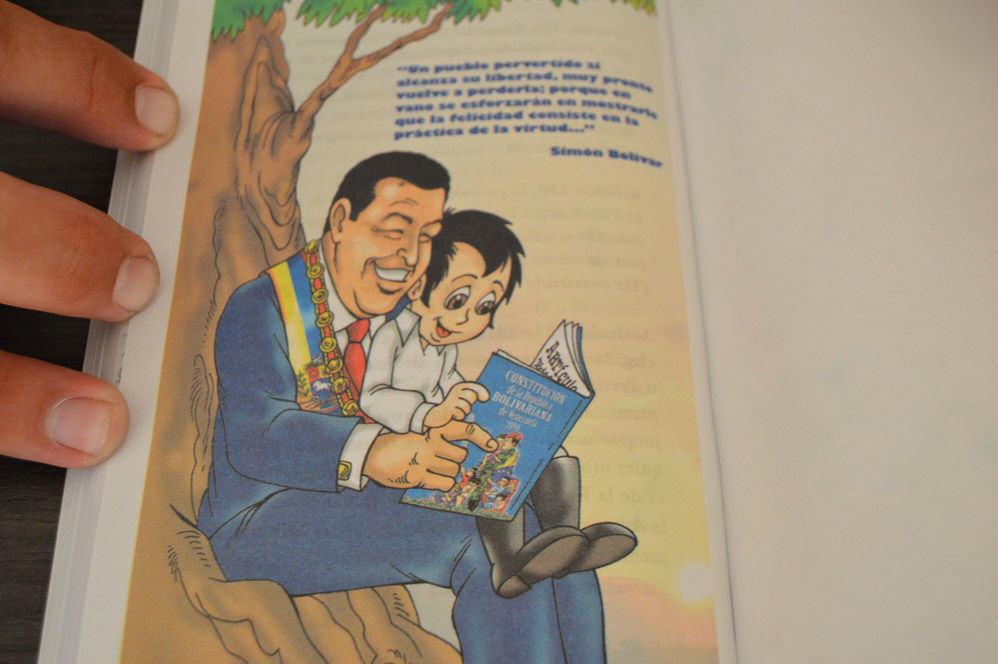 Constitucion de Venezuela de 1999 para Niños Adoctrinamiento en Escuelas (19)