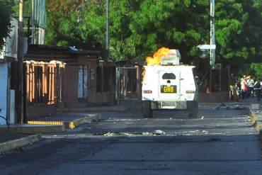 ¡BATALLA CAMPAL! Así fue la brutal represión y resistencia frente a la UFT (+ Fotos)