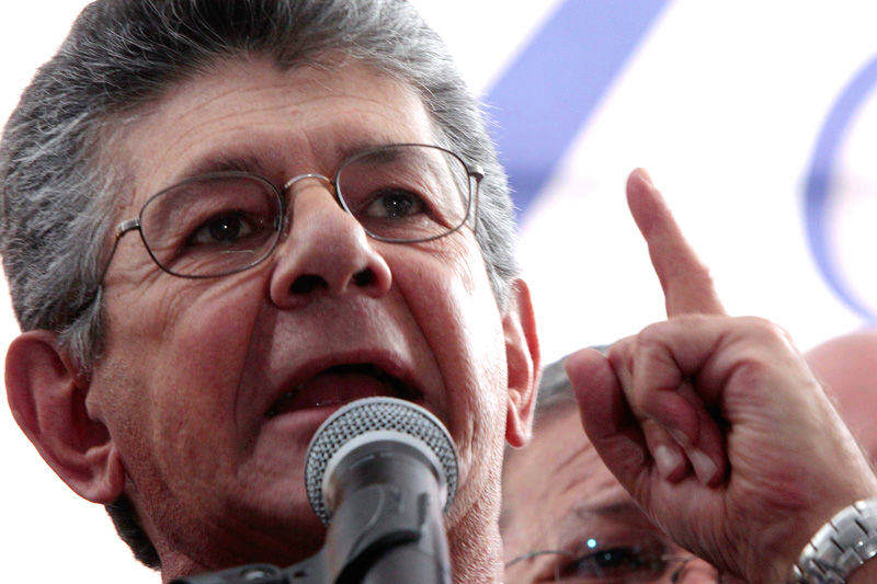 Henry-Ramos-Allup-800x533-001