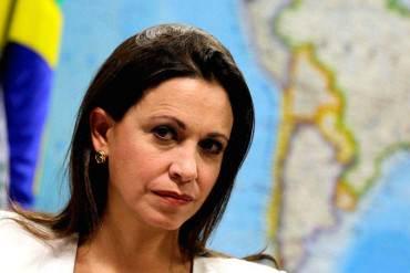 ¡IMPARABLE! Maria Corina Machado: La destituyen en Venezuela, se hace oír en América Latina