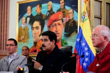 """¡BURRO LLAMANDO A CONEJO OREJÓN! Maduro dice que no perdonará a funcionario """"cobero"""""""