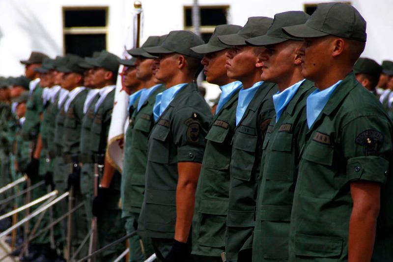 FANB-GNB-Guardia-Nacional-Bolivariana-Venezuela-05282014-800x533