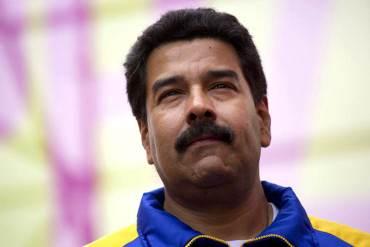 ¡POR INCAPAZ! Popularidad de Maduro bajó 20 puntos desde la muerte de Chávez