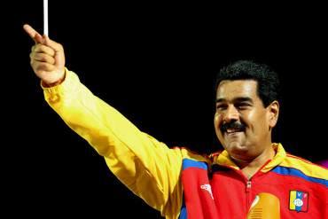 """¡EL PAÍS EN CRISIS Y…! Maduro reconoce """"esfuerzo"""" de Argentina y felicita a Alemania"""