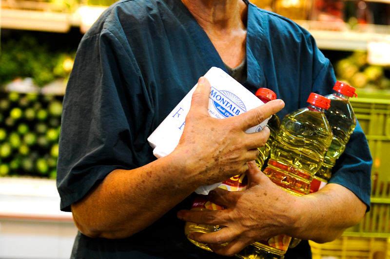 Compras-en-Venezuela-Inflacion-Escasez-Desabastecimiento-Alimentos-06162014-7-800x533