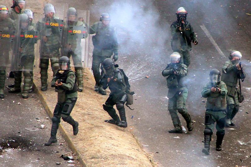 Manifestaciones-Protestas-en-Venezuela-14062014-2-800x533