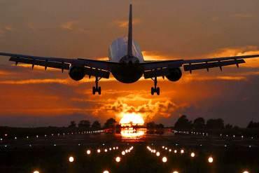¡SE AVECINA OTRO DESASTRE! Gobierno revisará DE NUEVO precios de pasajes aéreos