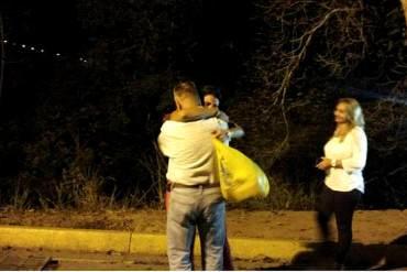 ¡CONMOVEDOR! Así fue la reacción de estudiante presa en el INOF al ver a su padre (+ Foto)