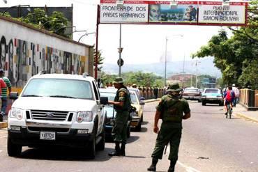 ¡BLOQUEADO EL PASO! Amanece cerrada la frontera colombo-venezolana