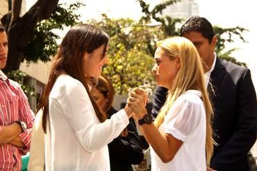 ¡INJUSTICIA MAYOR! Esposas e hijos de los presos políticos pasarán Navidad en Ramo Verde