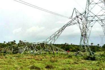 ¡RÉGIMEN INCAPAZ! Contratan a empresa para reponer torres eléctricas en Monagas