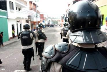 ¡ABUSO DE PODER! 3 funcionarios de PNB son acusados por herir a estudiantes en Anzoátegui