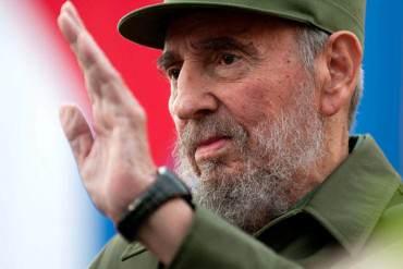 """¿UNA """"AYUDAITA"""" PA'L IMPERIO? Fidel ofrece a EEUU colaboración en lucha contra el ébola"""
