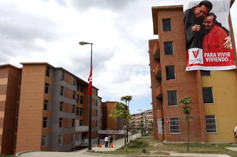 Gran-Mision-Vivienda-Venezuela-Construcciones-08-25-2014-800x533