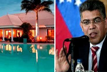 ¡CON TU DINERO…! Jaua se hospeda en LUJOSO hotel en Canarias para tomarse unas vacaciones