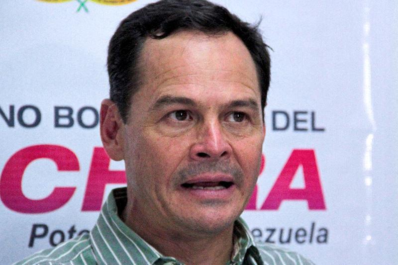 Jose-Gregorio-Vielma-Mora-Gobernasdor-del-Estado-Tachira-6-800x533