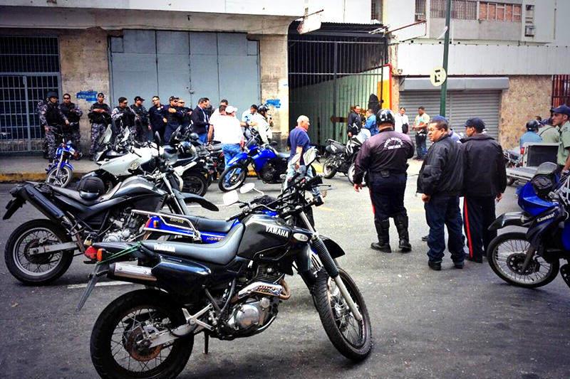 Policaracas-policia
