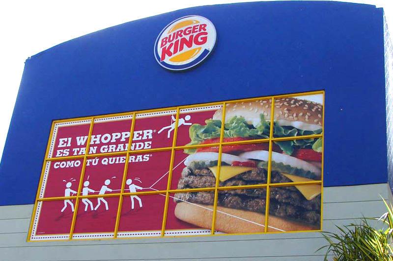 ¡PURA PATRIA! Robaron un Burger King y se llevaron HASTA LAS SALSAS DE TOMATE