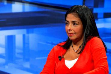 ¡AUCH! Chavista se las canta a Delcy Rodríguez por desmentir caso HCM: «NO SEA TAN HIJA DE P*TA»