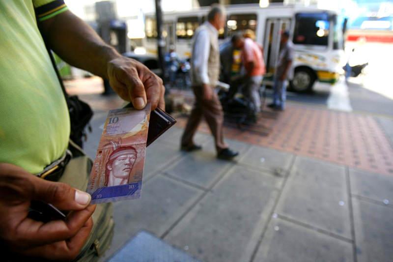 Venezuela,¿crisis económica? - Página 37 Bolivar