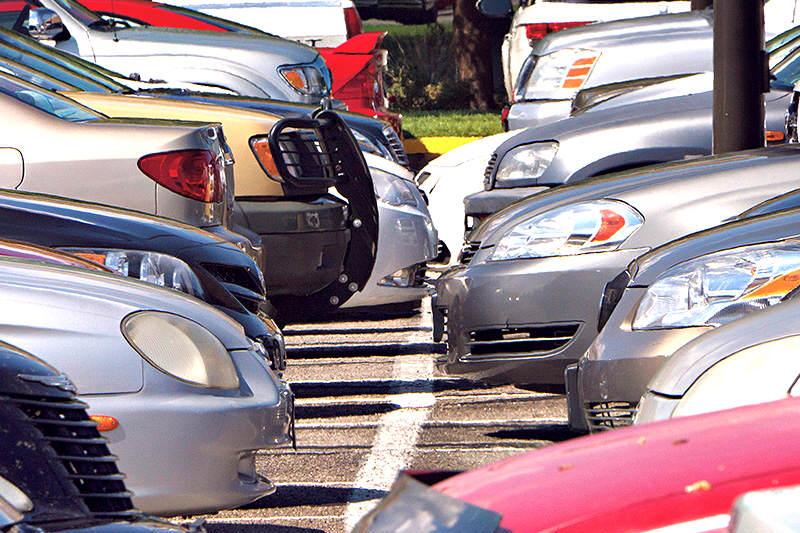Carro-estacionamiento-2