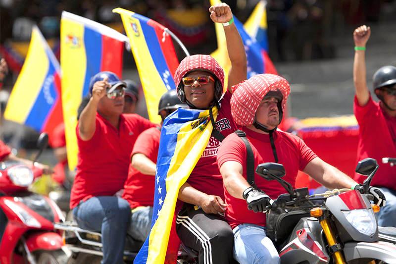 colectivos-chavistas