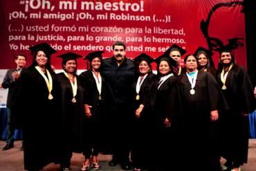 ¡AÑO ELECTORAL! Maduro crea fondo millonario para créditos a egresados de Misión Robinson