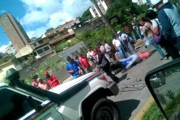 """¡SOLO PASA EN LA PATRIA! Un policía """"se comió la flecha"""" manejando y MATÓ a un motorizado"""