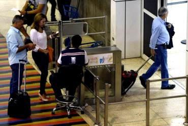 """Tras falta de boletos y reducción de cupos gobierno cree que es momento de """"viajar en el país"""""""