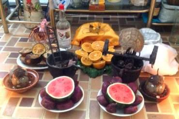 ¿ENFERMOS DE PODER? En sótanos de Miraflores babalawos cubanos mantienen altares santeros