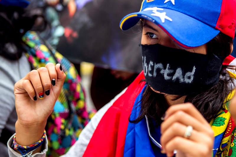libertad-censura-crisis-protesta