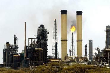¡GOBERNADOS POR INCAPACES! Refinería Cardón sigue paralizada tras apagón ¿ALÓ PDVSA?