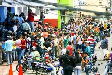 """Ernesto Villegas: """"Tenemos unas Navidades a la altura del pueblo""""… ¡CON HAMBRE, COLA Y MISERIA!"""