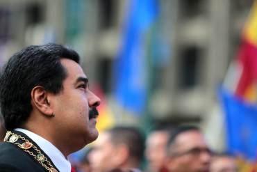 ¡VOLVIÓ A DEJAR LA PELUCA! Maduro se va a Costa Rica y deja a Venezuela en suspenso